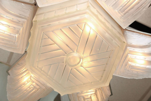 FRENCH ART DECO CHANDELIER BY SABINO